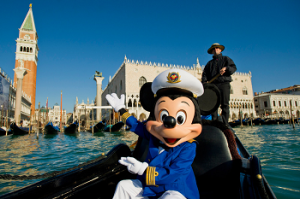 Etcetera Mickey Mouse in Venice, Italy (c)Disney